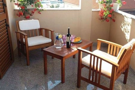 Romanticna soba uz more - Biograd na Moru - Apartament