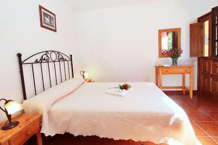 """Finca """"La Era Vieja"""" - großes Landhaus im Grünen - Banda de las Rosas - Dom"""