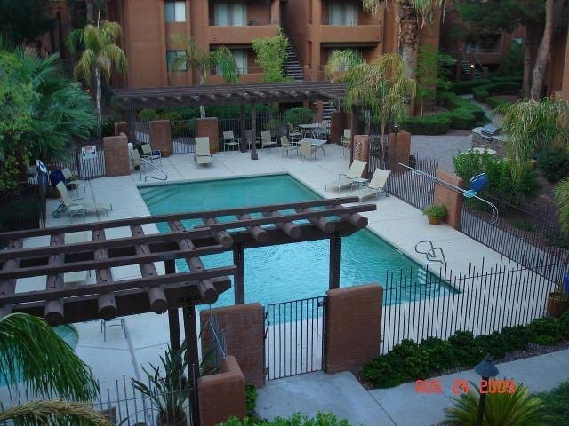 Poolside In Paradise Valley - Paradise Valley - Apartment