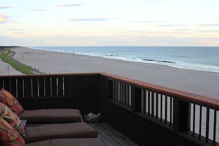 Stunning Ocean Front Home Unobstructed Ocean Views - Ocean Beach