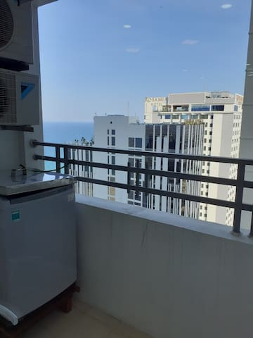 Muong Thanh apartment has 2 bedrooms, beach view