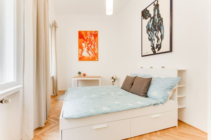 Even though you are in the most central part of Prague, you do not have to worry about your good sleep. The house is peaceful and quiet.