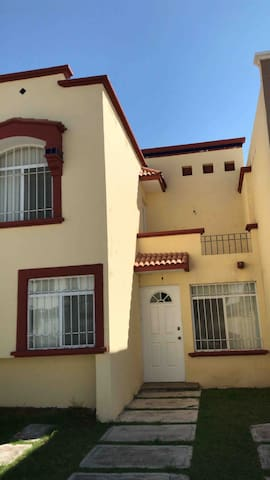 Casa en privada segura. A 8 minutos de Plaza Mayor