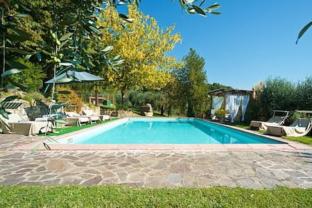 VILLA IN TEVERINA, it's just a great experience! - Penna In Teverina