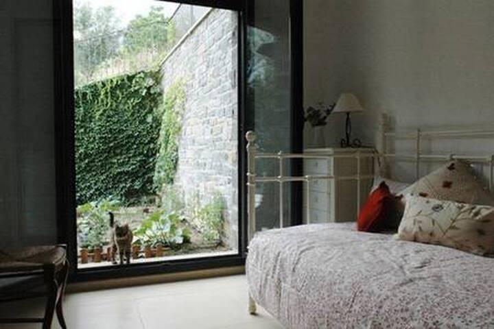 Cozy & quite room Pyrenees - Jaca