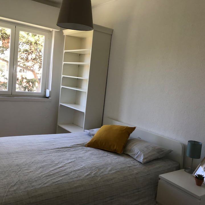 Cozy room - Oeiras
