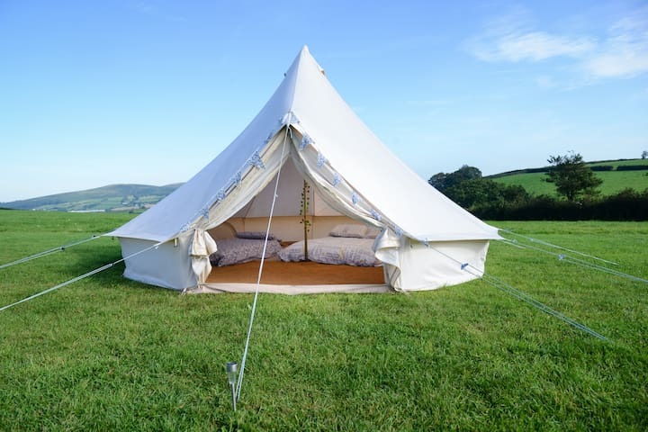 'Pasture Bedtime' - 5m Furnished Bell Tent