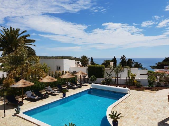 """Romantik Villa - Suite 5 """" Praia da Salema """""""