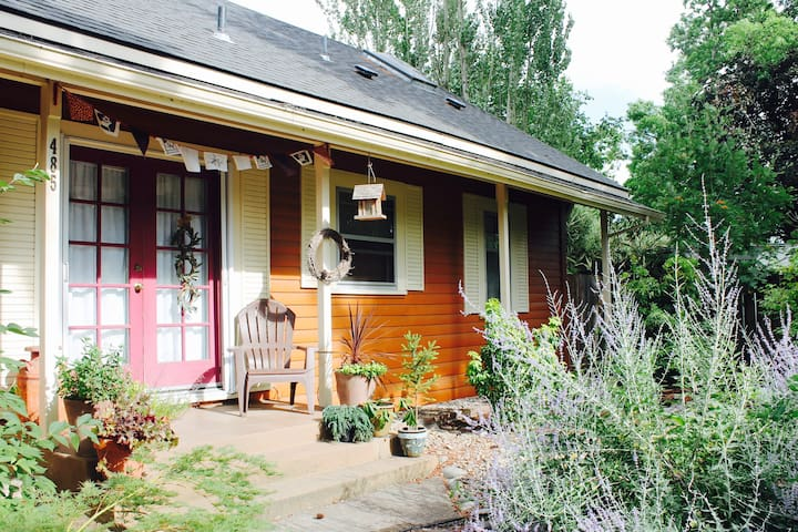 Charming 1890's Bungalow