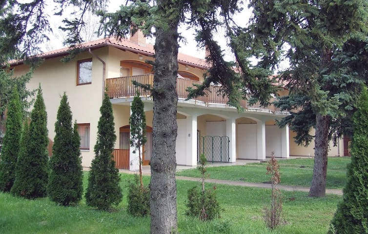 Holiday apartment with 1 bedroom on 48m² in Fonyód