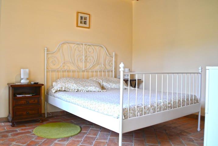 Ca' della Fonte apartment in villa with pool - Morro d'Alba - Apartment
