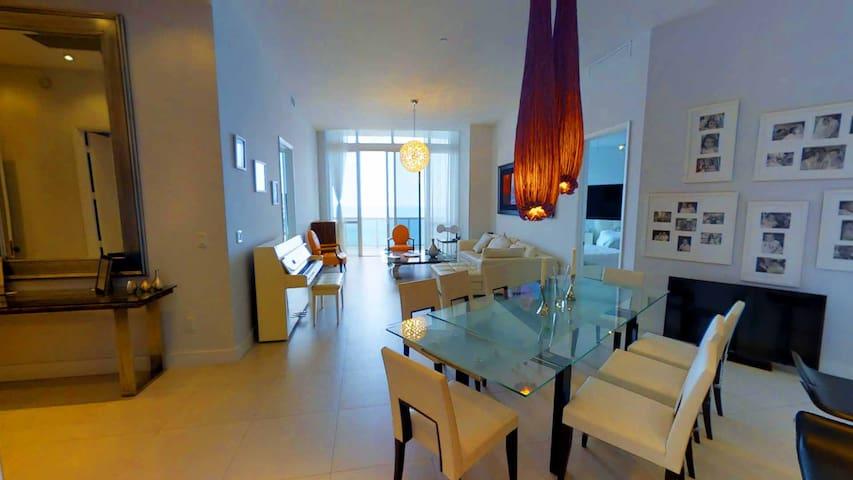 Enjoy Luxury On The Beach @ Sunny Isles Penthouse