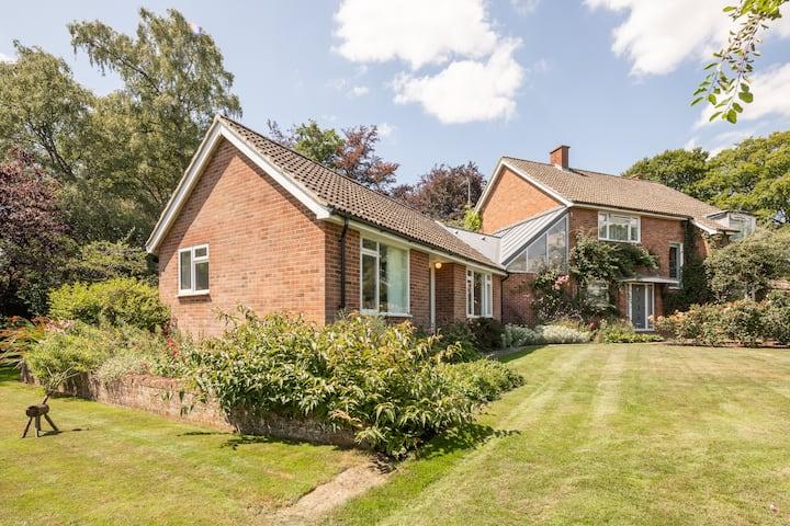 The Garden Cottage, Stapleford