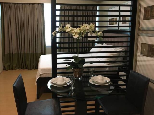 Avant Serviced Suites Personal Concierge Studio 2