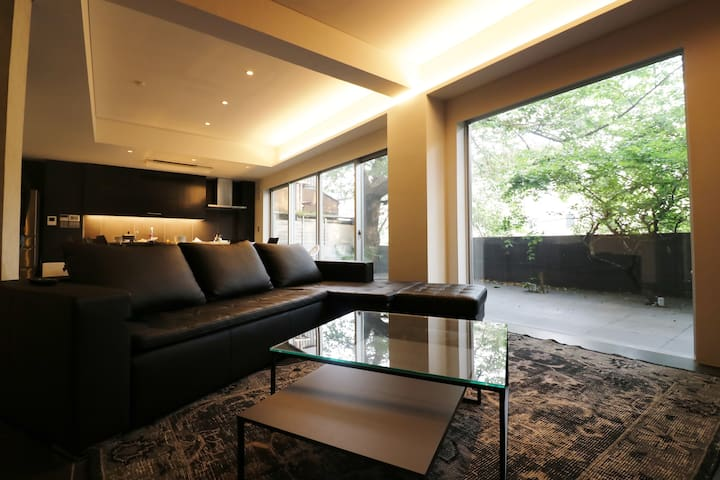 4BR 120sqm Luxurious and Stylish w/Patio    Og - Suginami-ku - Casa