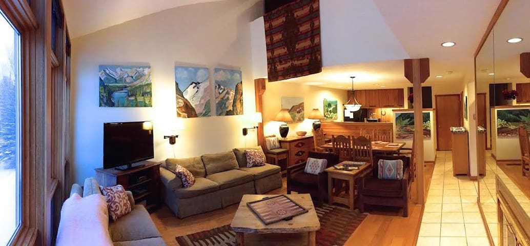 Jackson Hole Condo - Sleeps up to 7 - Wilson - Apartment