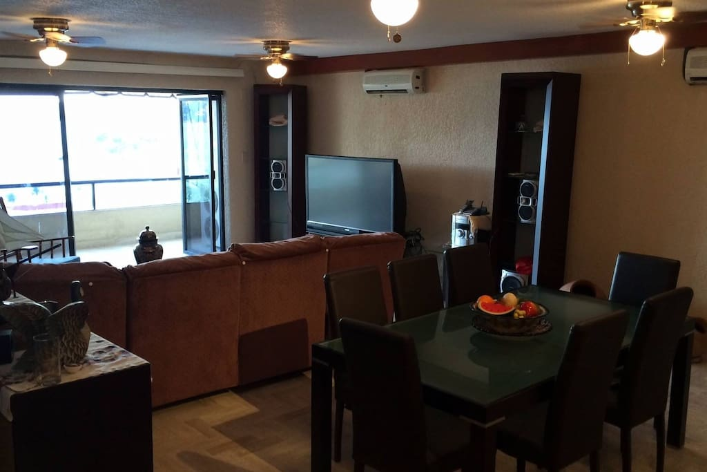 Li ing room and balconey