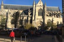 La basilique Saint-Michel.