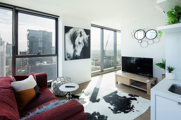 Living by the Clouds - 1BR Apt@Melb Central