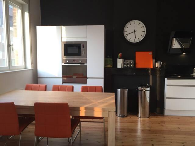 Bel appartement rénové, de charme en centre ville - Lille - Apartamento