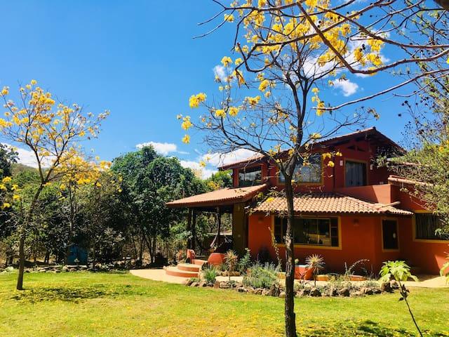 O Palacio- Alto Paraíso - w/ Valley Views