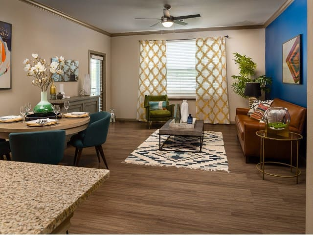 Live + Work + Stay + Easy | 2BR in Baytown