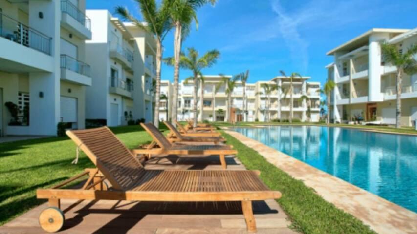 Appartement rdc, Casabay, piscine privée, parking