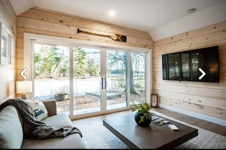 BIG SEBAGO LAKE, Modern Camp Living!