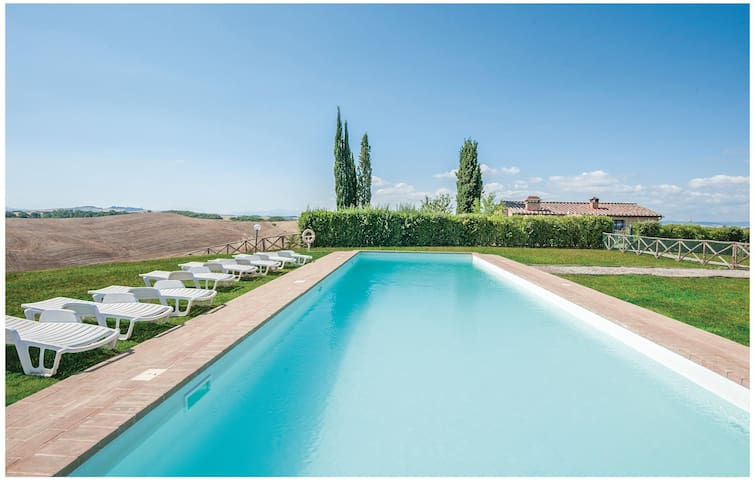 Holiday apartment with 1 bedroom on 55 m² in Castelnuovo B.ga (SI)