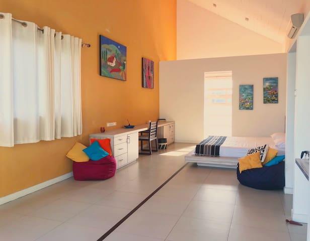 Bedroom Surya
