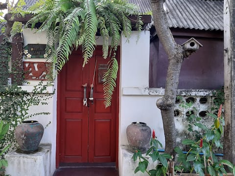 Traditional House @ Old Town