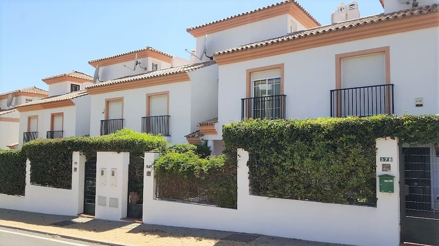 Cabopino Marbella - Near the beach