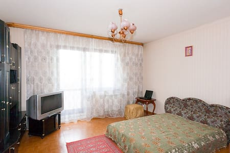 3-комнатная квартира посуточно - Krasnoyarsk