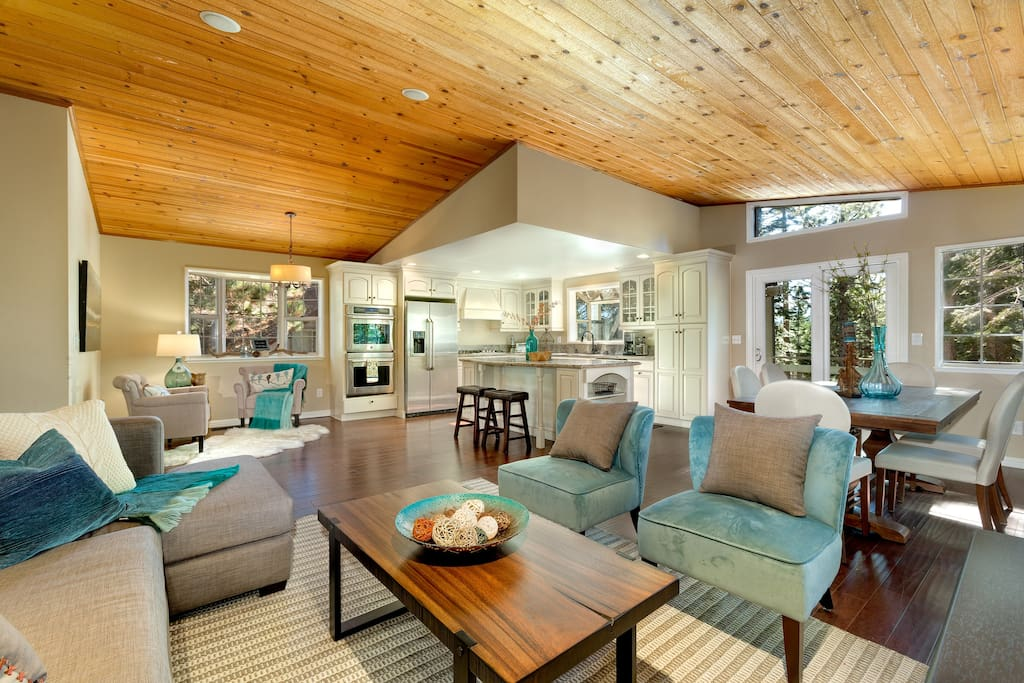 The open living and dining space provides a great flow for entertaining and socializing.