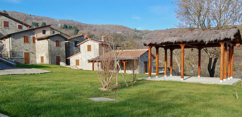 Lovely farm with private pool in Tuscany - Poppi - Rumah