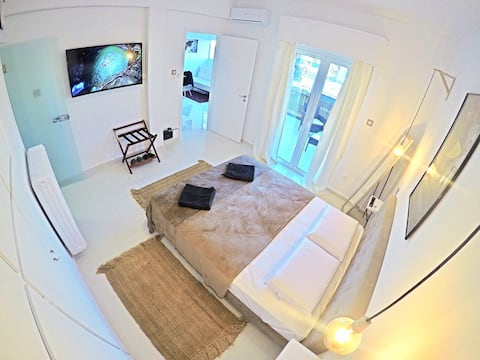 Exclusive, Dream penthouse-7' to Historical Center