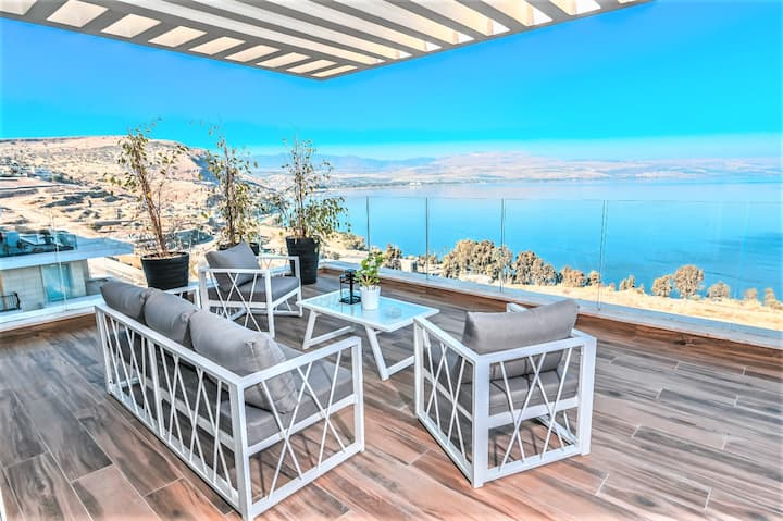 ★Nino King's Penthouse★Fancy★4Bdrm★Best Lake View