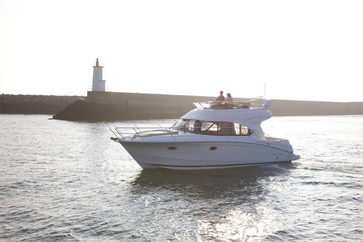 Nuit à bord de notre bateau, Yacht 12 mètres