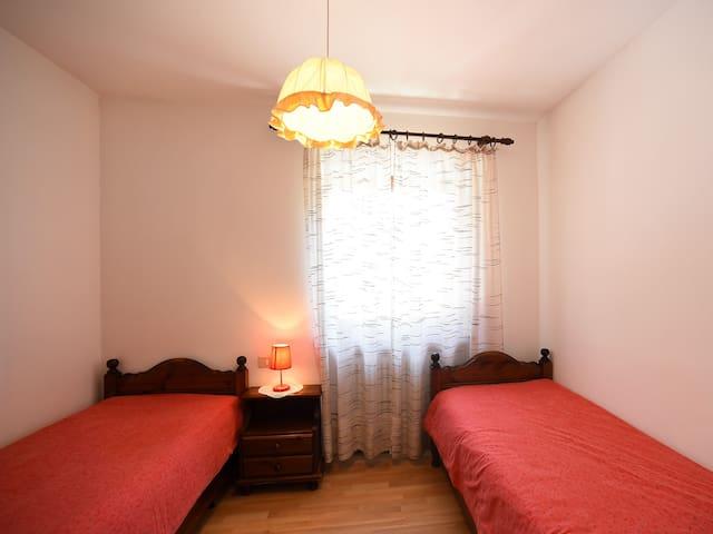 camera con due letti singoli
