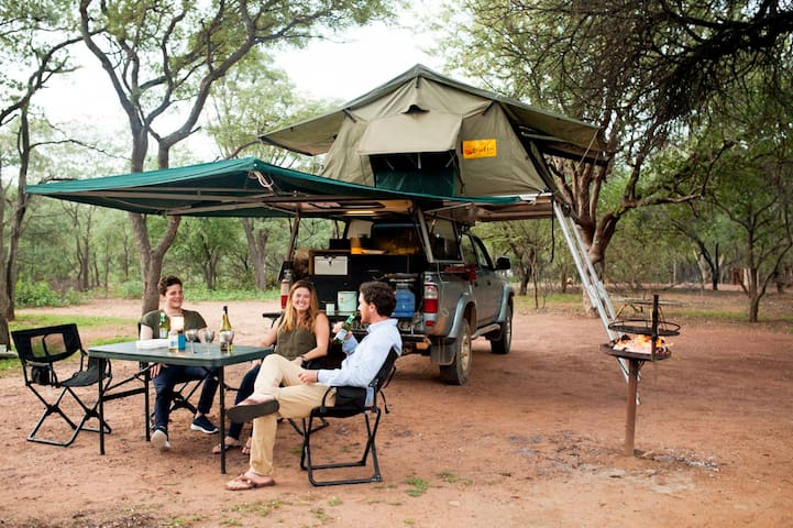 Africa ready expedition vehicle - Kruger National Park - Tent