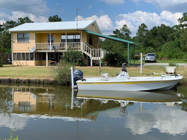 Southwest Louisiana fishing and hunting paradise.