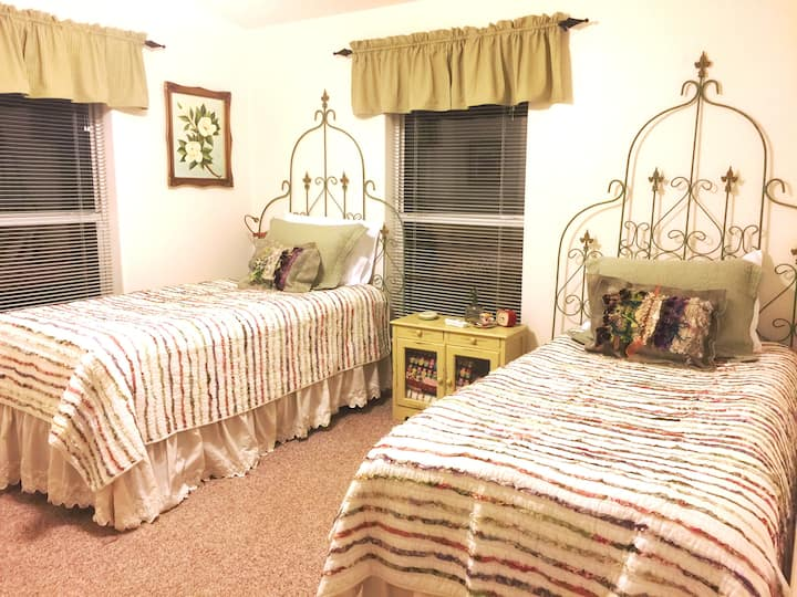 Affordably Priced - Country Lodging