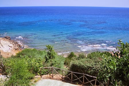 Villa con giardino vista mare, Capo Rizzuto - Fratte I - Вилла