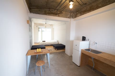HYM - 4H/ Good access to Naoshima! (D)bed 1-2guest