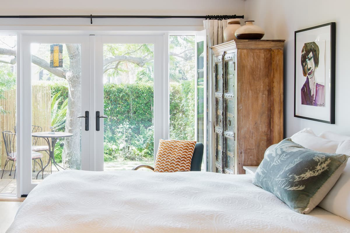 Charming and Romantic Guest Suite in LA's West Side