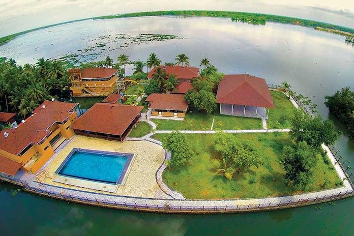 Lake Supreme- eco-friendly backwater Island resort
