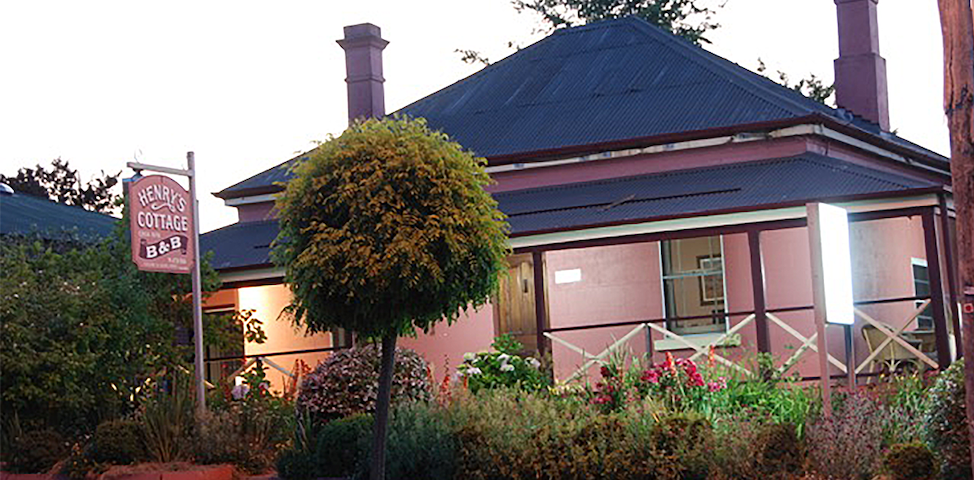 Henry's Cottage - Tenterfield