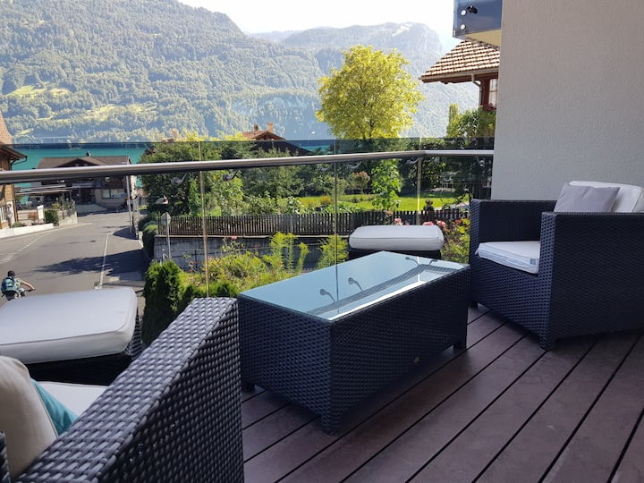Luxury apartment between lake and mountains-LOUNGE
