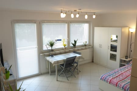 TOP-CityCenter Apartment, 9 min walk to C-Station - Daire