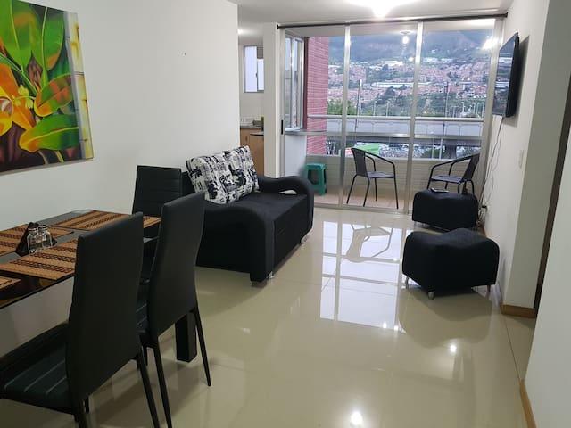 Apartamento con buena vista en Niquía